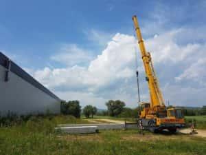 Liebherr LTM 1025 Przenoszenie betonowych bloków